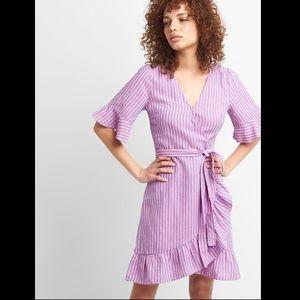 GAP Ruffle Wrap Dress. Size Medium
